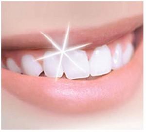 Des dents d'une blancheur éclatante