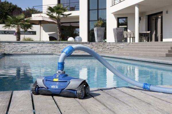 le robot de piscine hydraulique description et particularit s. Black Bedroom Furniture Sets. Home Design Ideas